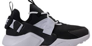 NIKE AIR HUARACHE CITY LOW CASUAL SHOES- WOMEN'S